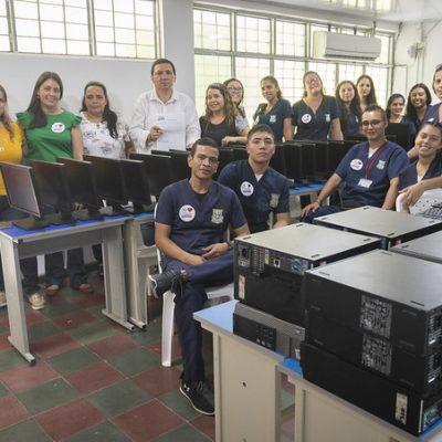 Donación Computadores a Instituciones Educativas